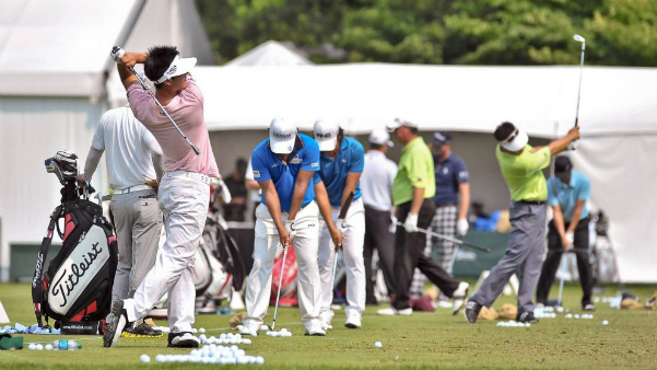 pga-tour-driving-range-990x556